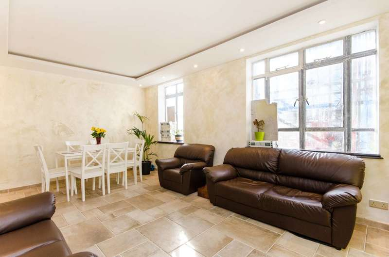 4 Bedrooms Maisonette Flat for sale in Albert Carr Gardens, Streatham Common, SW16