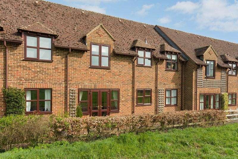 2 Bedrooms Retirement Property for sale in The Grove, Deddington, Banbury