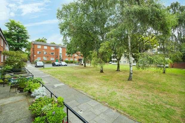 4 Bedrooms Flat for sale in Birchmore Walk, Highbury, N5