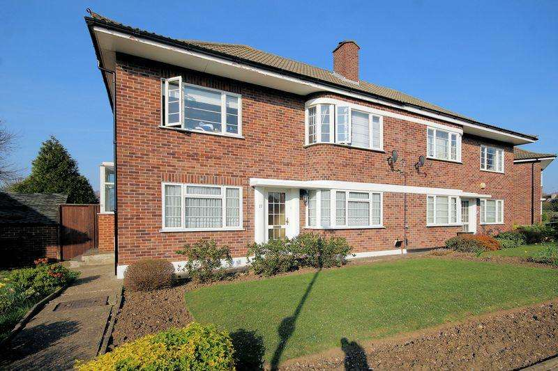 2 Bedrooms House for sale in Lyconby Gardens, Shirley
