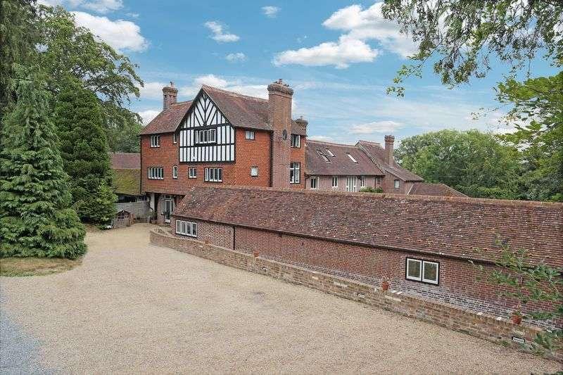 5 Bedrooms House for sale in Leyswood, Groombridge, Kent