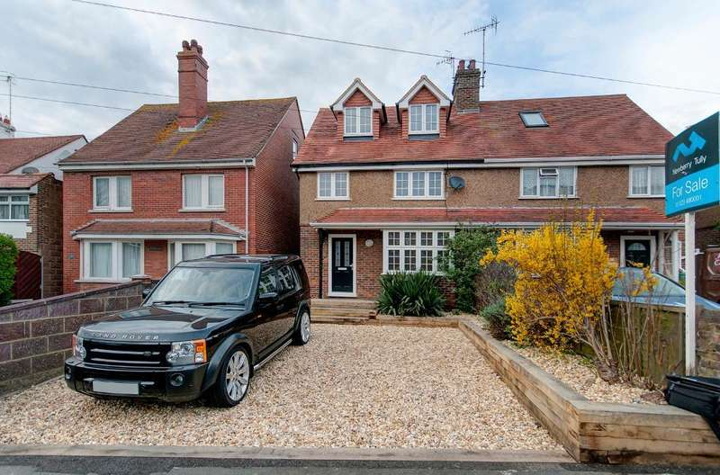 4 Bedrooms House for sale in Sutton Drove, Seaford, East Sussex, BN25 3EU