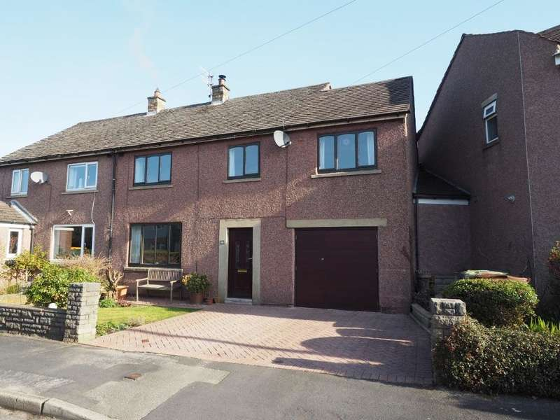 4 Bedrooms Semi Detached House for sale in Lea Road, Hayfield, High Peak, Derbyshire, SK22 2HE