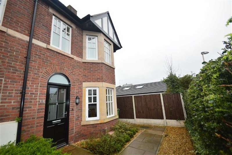 3 Bedrooms Property for sale in Victoria Road, Hope Park, Macclesfield