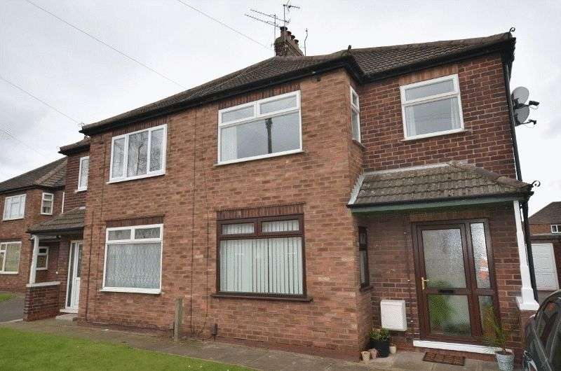 1 Bedroom Flat for sale in Grange Lane South, Ashby, Scunthorpe