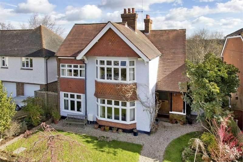 4 Bedrooms Detached House for sale in Rustwick, Tunbridge Wells, Kent