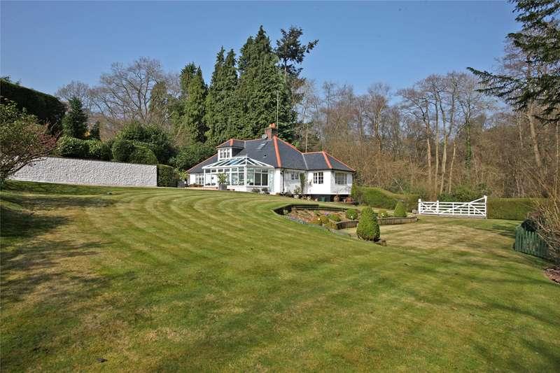 3 Bedrooms Detached House for sale in Jumps Road, Churt, Farnham, Surrey, GU10