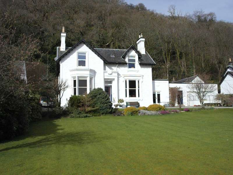 4 Bedrooms Detached House for sale in The Hebrides 107 Bullwood Road, Dunoon, PA237QN