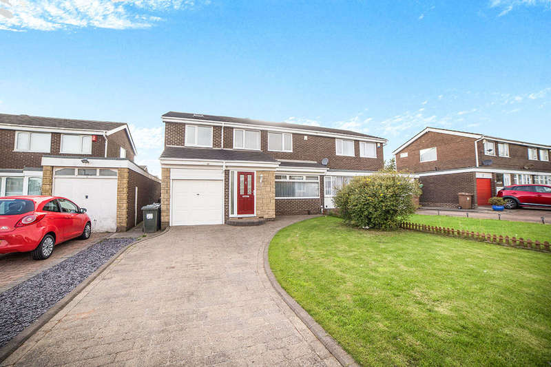 4 Bedrooms Semi Detached House for sale in Moffat Close, North Shields, NE29