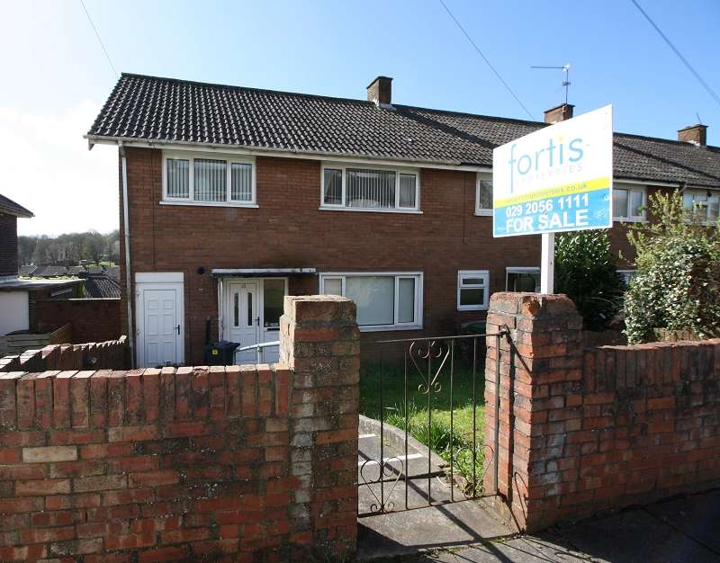 3 Bedrooms End Of Terrace House for sale in Orange Grove, Pentrebane, Cardiff. CF5 3SU