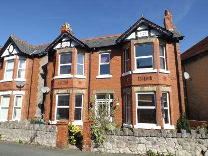 3 Bedrooms Detached House for sale in Cadwgan Road, Old Colwyn, Colwyn Bay, Conwy, LL29