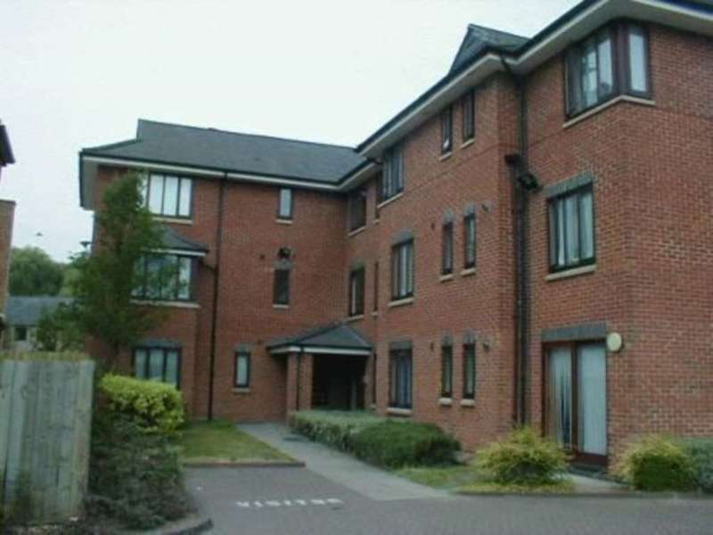 2 Bedrooms Apartment Flat for rent in Avocet, Reading