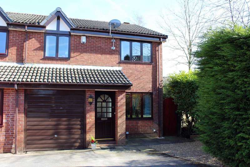 3 Bedrooms Semi Detached House for sale in Templecombe Drive, Bolton