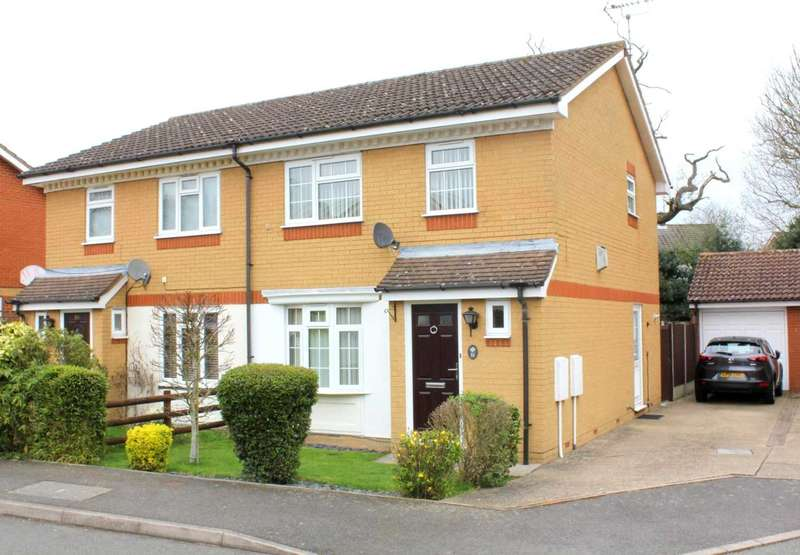 3 Bedrooms Semi Detached House for sale in 3 BED SEMI WITH GARAGE AND OFF ROAD PARKING IN Autumn Glades, Leverstock Green