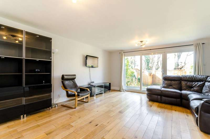 4 Bedrooms House for sale in Haynes Lane, Crystal Palace, SE19