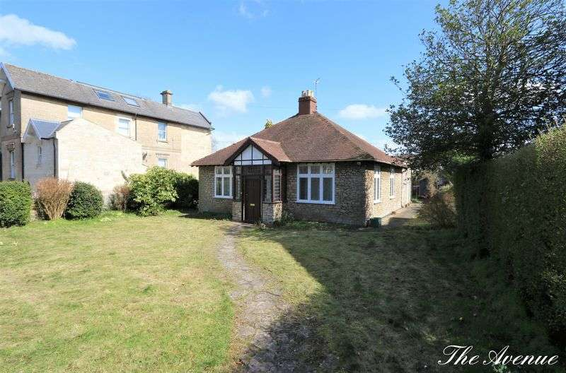 4 Bedrooms Detached Bungalow for sale in The Avenue, Combe Down, Bath
