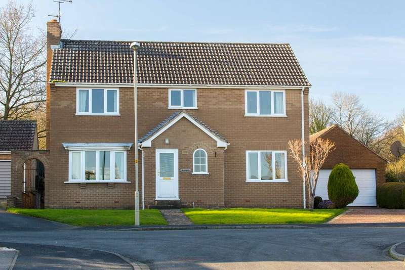 3 Bedrooms Detached House for sale in 9 Waydale Close, Kirkbymoorside YO62