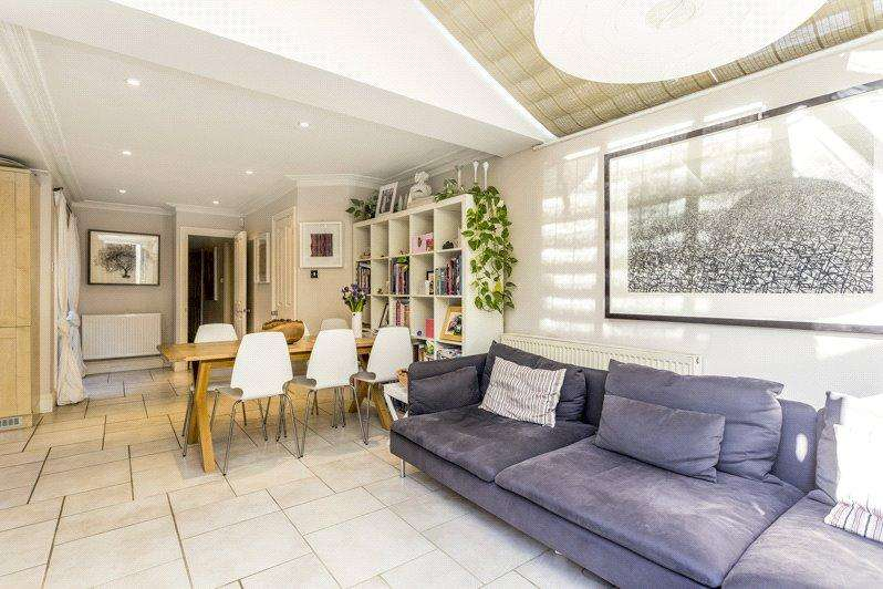 3 Bedrooms Apartment Flat for sale in Hafer Road, London, SW11
