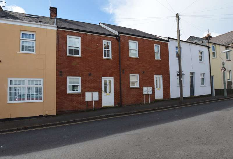 3 Bedrooms Terraced House for sale in Newtown, Exeter