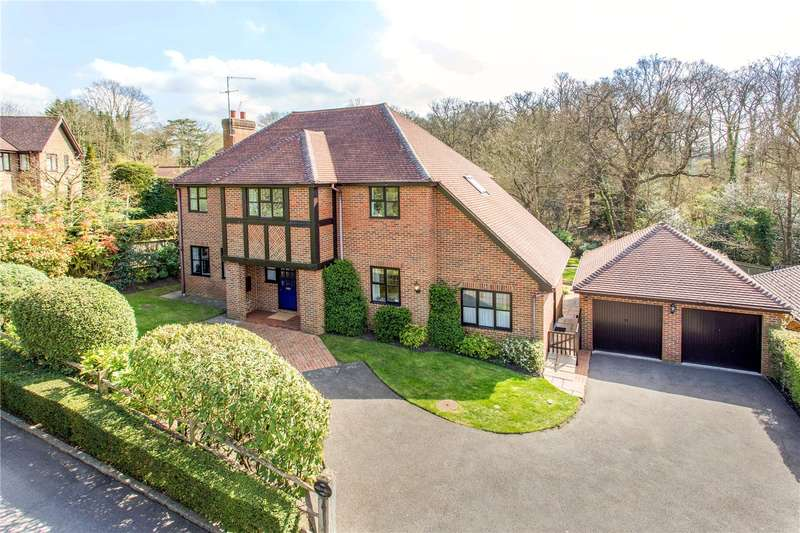 5 Bedrooms Detached House for sale in Abbotswood, Guildford, Surrey, GU1