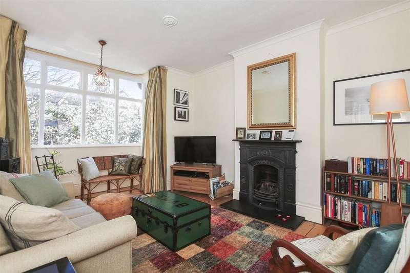 2 Bedrooms Flat for sale in Foyle Road, Blackheath, London, SE3