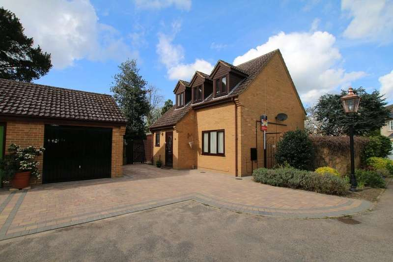 3 Bedrooms Detached House for sale in Wenny Court, Chatteris