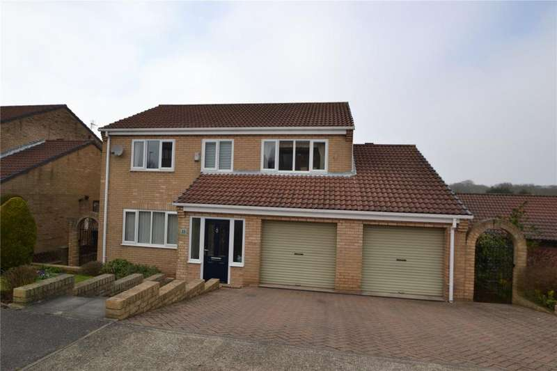 4 Bedrooms Detached House for sale in Egremont Grove, Oakerside Park, Peterlee, Co. Durham, SR8