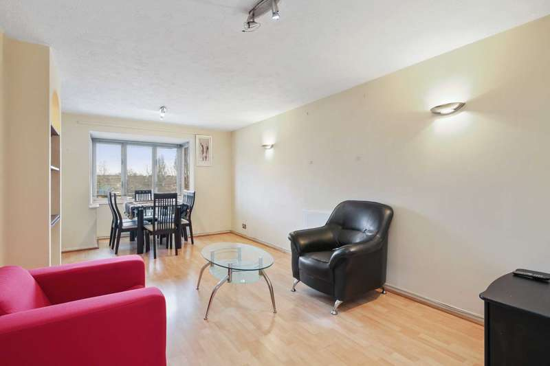 2 Bedrooms Apartment Flat for sale in Cotton Avenue, Acton, W3 6YF
