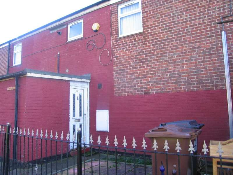 2 Bedrooms House for sale in Goodrich Close, Fountain Road, Hull, HU2 0BG