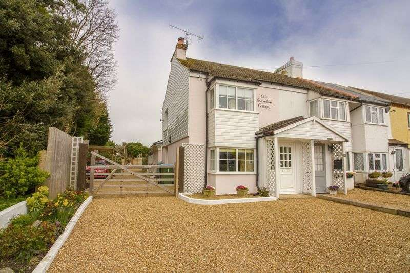 2 Bedrooms Semi Detached House for sale in Worthing Road, Rustington