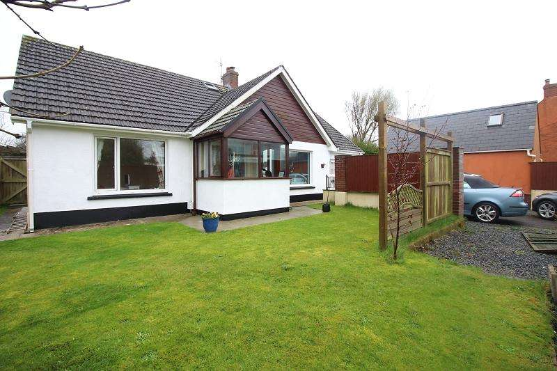 4 Bedrooms Detached Bungalow for sale in The Green , Hundleton, Pembroke, Pembrokeshire. SA71 5RG