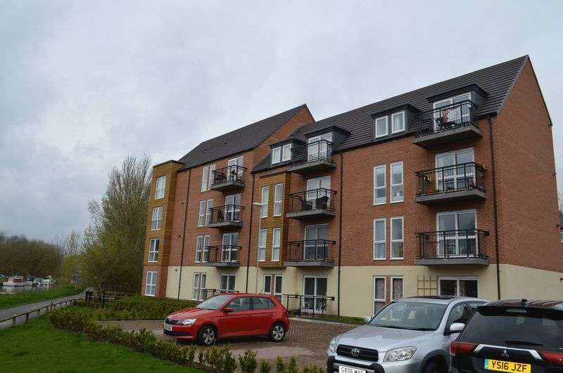 2 Bedrooms Flat for sale in Angelica Road, Lincoln
