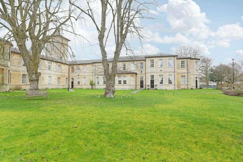 2 Bedrooms Terraced House for sale in Thomas Wyatt Road, Devizes