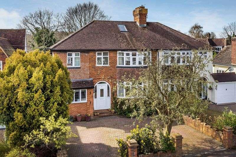 5 Bedrooms Semi Detached House for sale in Hillside Gardens, Brockham