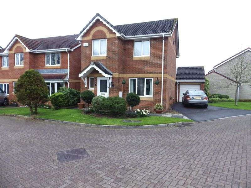 3 Bedrooms Detached House for sale in Simmonds View, Stoke Gifford