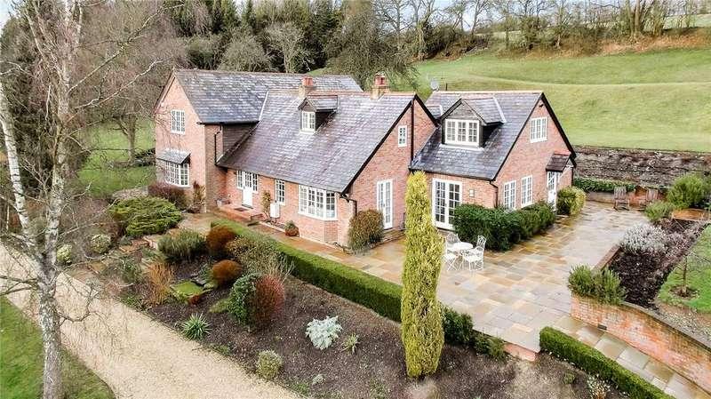 5 Bedrooms Detached House for sale in Hawridge, Chesham, Buckinghamshire