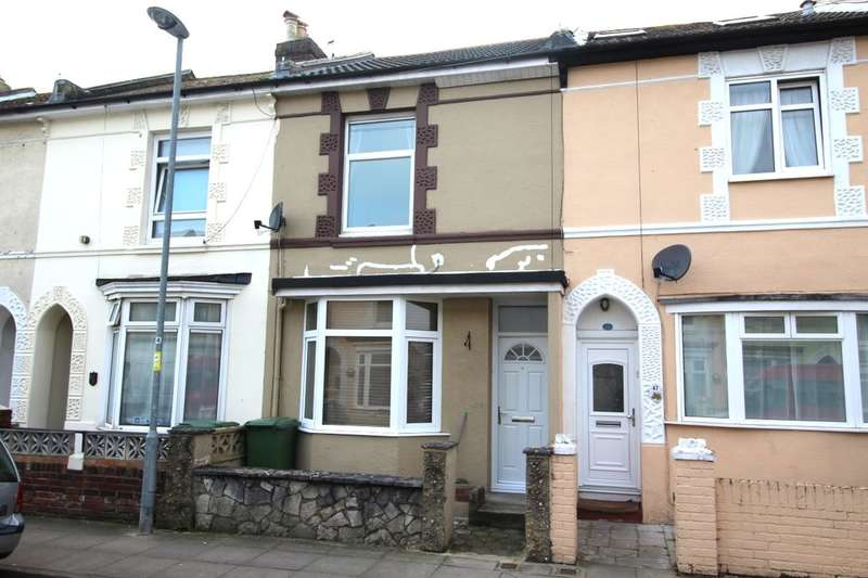 3 Bedrooms Property for sale in Agincourt Road, Portsmouth, PO2