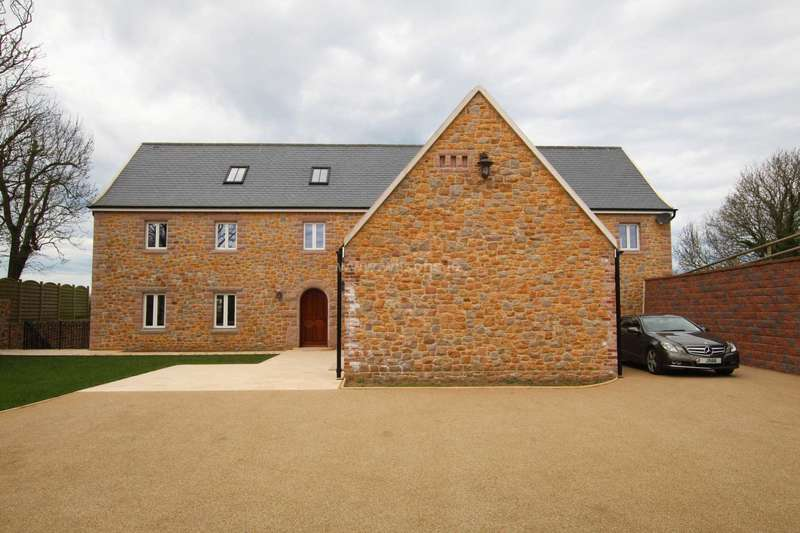 5 Bedrooms Detached House for sale in St John