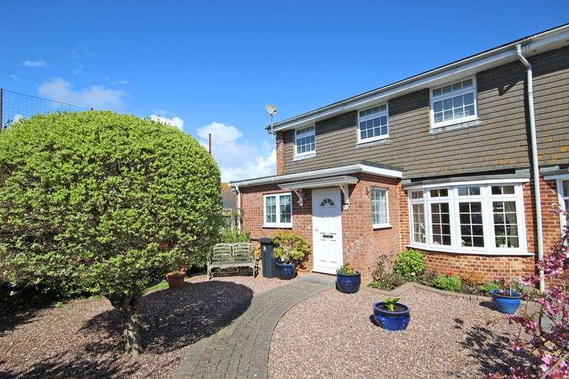 4 Bedrooms End Of Terrace House for sale in Ridgefield Gardens, Highcliffe, Christchurch