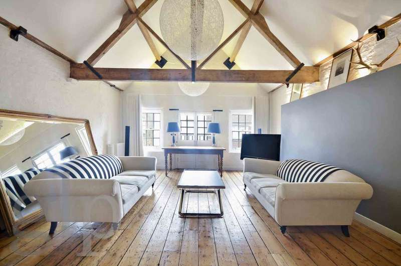2 Bedrooms Town House for sale in Neal Street, Covent Garden WC2H