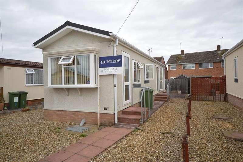 2 Bedrooms Park Home Mobile Home for sale in Chestnut Close, Littlethorpe, Leicester, LE19 2HN