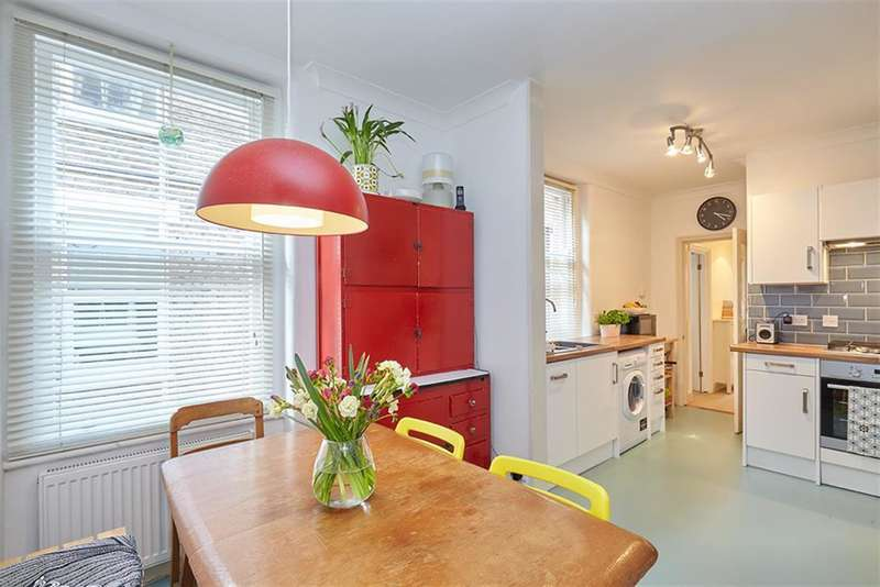 2 Bedrooms Flat for sale in Northlands Street, Camberwell, SE5