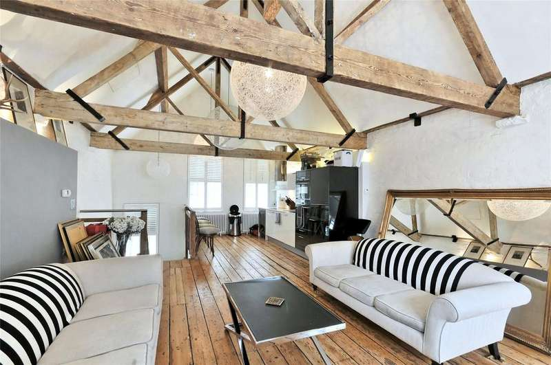 2 Bedrooms House for sale in Neal Street, Covent Garden, WC2H