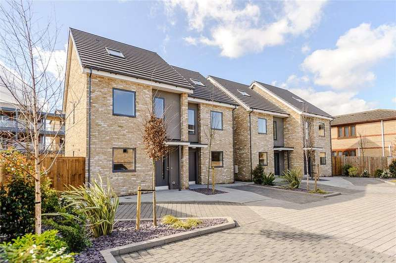 3 Bedrooms Semi Detached House for sale in 1 Poppy Close, Cherry Hinton, Cambridge