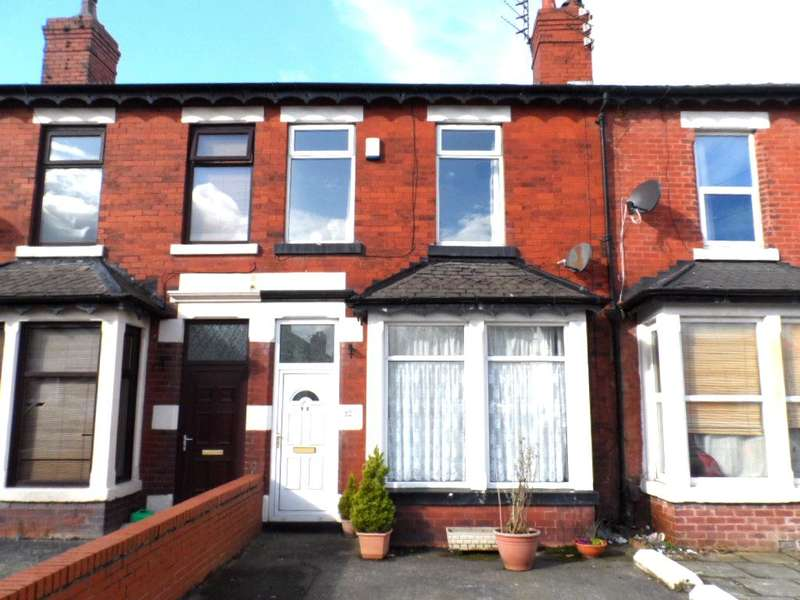 3 Bedrooms Terraced House for sale in Layton Road, Blackpool, FY3 8HT