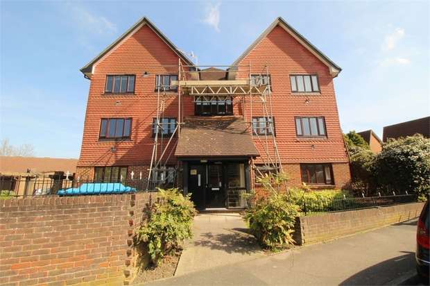1 Bedroom Flat for sale in Marigold Way, Croydon, Surrey