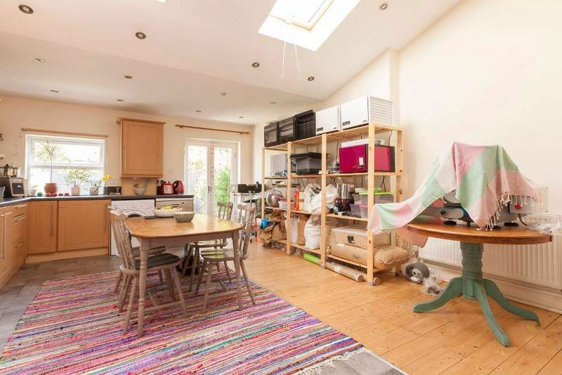 3 Bedrooms House for sale in Albert Road, South Norwood, London, SE25 4RN