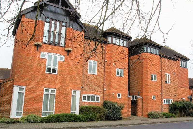 1 Bedroom Flat for sale in Bishops Waltham