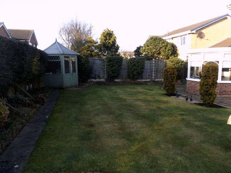 4 Bedrooms Detached House for sale in Urford Close, Yarm