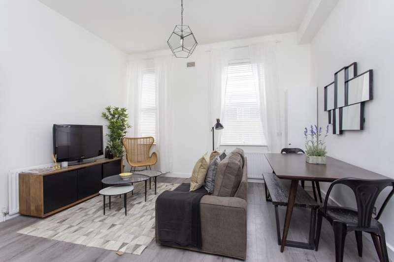 1 Bedroom Apartment Flat for sale in The Old Ford Apartments, E3
